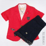 Костюм для мальчика из красного пиджака и синих шорт