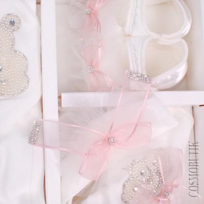 Набор вышивки для новорожденного
