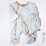 Мягкий и теплый комбинезон для новорожденного