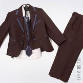 Костюм из пиджака, галстука, жилета, рубашки с длинным рукавом и классических брюк