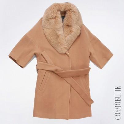 Стильное пальто с мехом