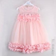 Платье для праздника с лепестками цветов
