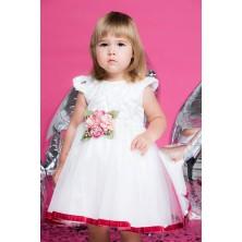 Белое платье с цветами на поясе