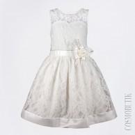 Вечернее платье молочного цвета