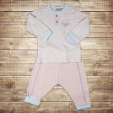 Костюм для малыша из штанишек и кофты с длинным рукавом