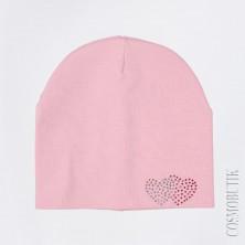 Розовая шапка с сердечками