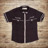 Черная летняя рубашка коротким рукавом и орнаментом