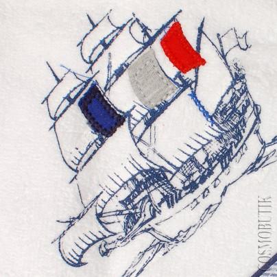 Детское полотенце бело-голубое
