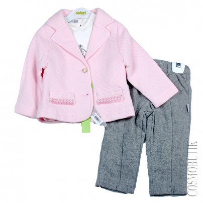 Костюм из пиджака, кофты с длинным рукавом и теплых и штанов из тонкой шерсти