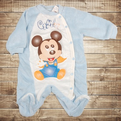 Мягкий и теплый костюм-боди для новорожденного