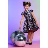 Жаккардовое платье с брошью